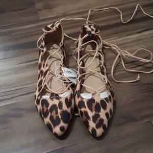 Women's lace up flats